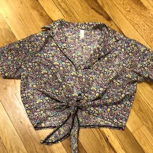 Floral tie button up